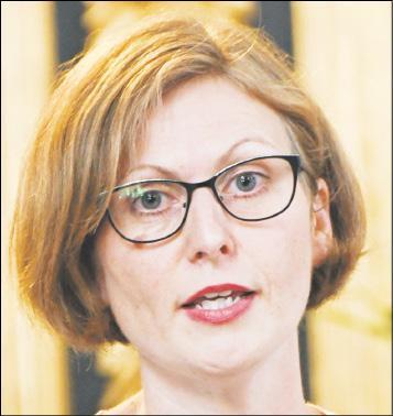 Konstanze Kawan, Schulleiterin