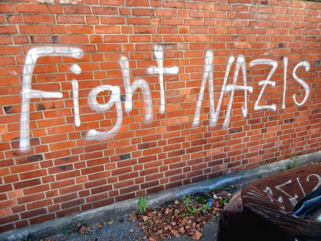 Foto fight Nazis
