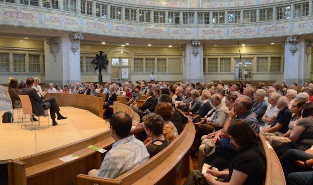 Gesprächsrunde in der Frauenkirche Dresden