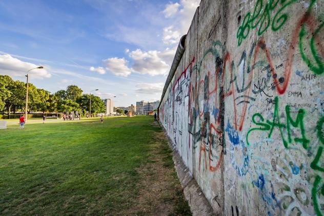 Berliner Mauer, Gedenken, DDR