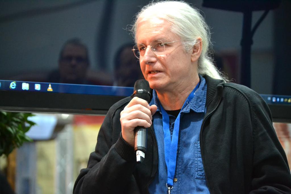 Christoph Dieckmann, Autor und Journalist, während der Diskussion mit Stefan Seidel auf der Leseinsel Religion.
