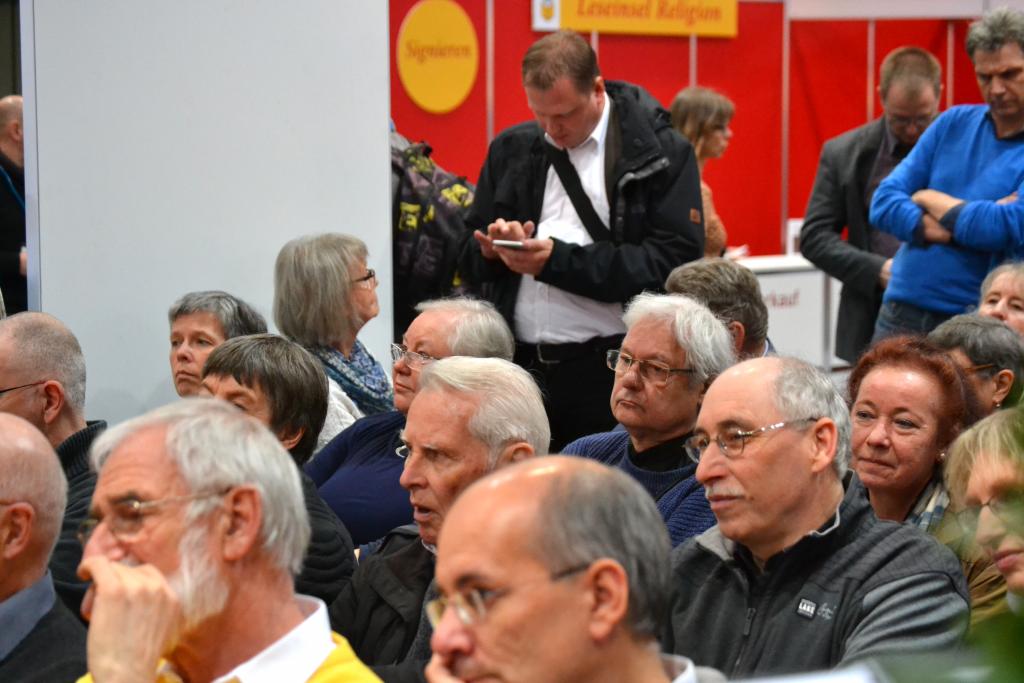 Publikum während der Podiumsdiskussion mit Stefan Seidel