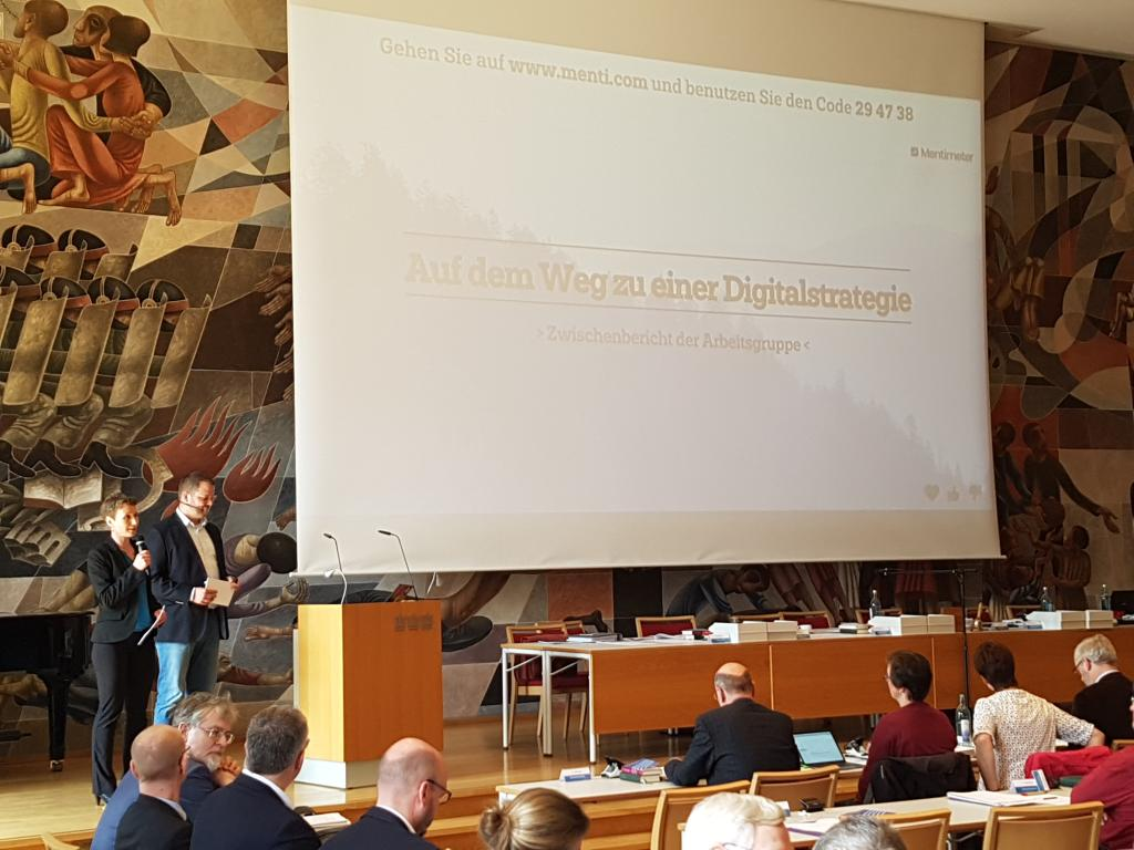 Landessynode Digitalisierung Digitalstrategie Tabea Köbsch Jan Witza