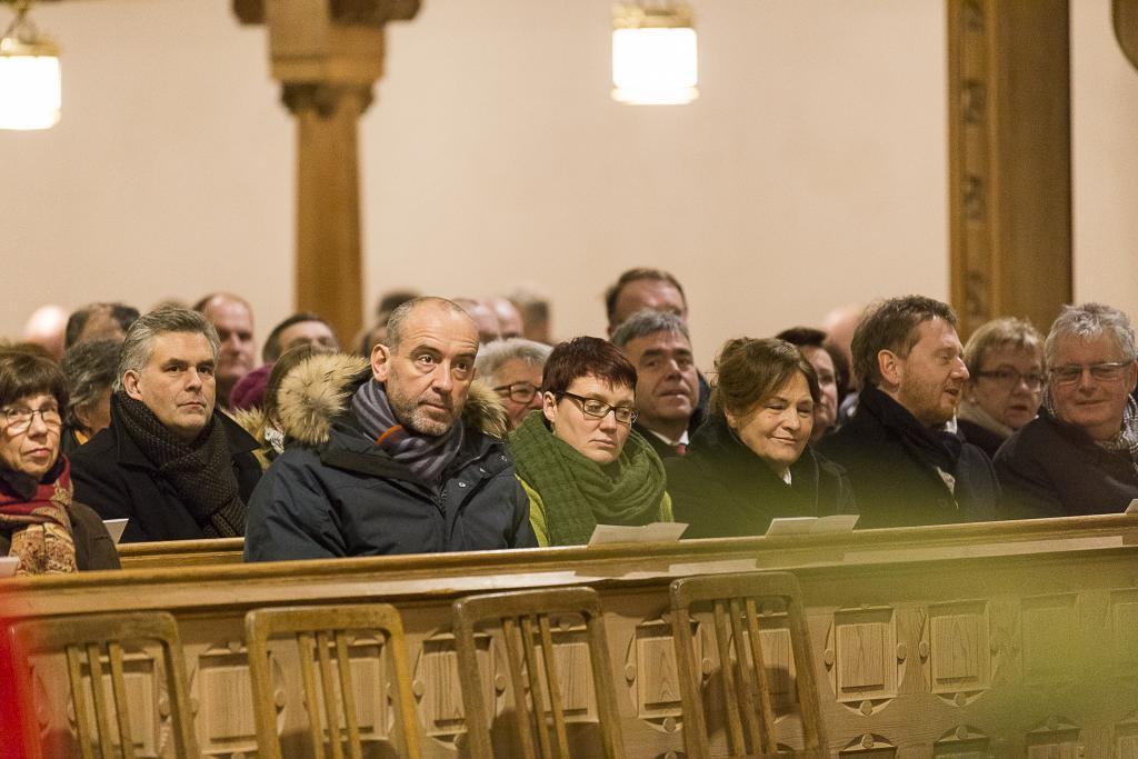 Besucher des Gottesdienstes zu Epiphanias in Bautzen