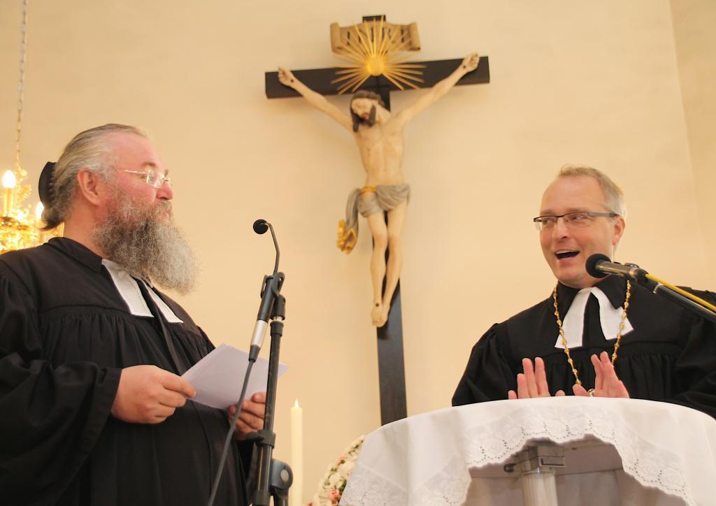 Bischof Carsten Rentzing zu Gast in Sosa © Eberhard Mädler