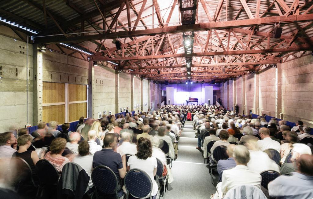 Ungewöhnliches Ambiente – Konzert in der Scheune/Foto: O. Killig