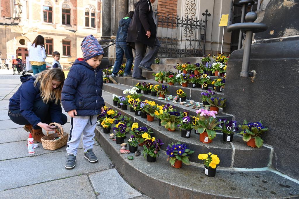 Ostern, Blumen, Dresden, Martin-Luther-Kirche