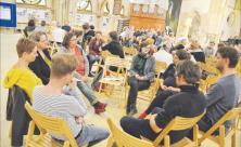 Forum für Gemeinschaft und Theologie: Beim dritten Forumstag am vergangenen Sonnabend in der Leipziger Peterskirche trafen sich Christen aus Sachsen, um über das Thema »Angst in Hoffnung verwandeln« zu sprechen. Foto: M. Kohlsdorf
