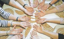 Hände, Pfarrfrauen, geschieden, Selbsthilfegruppe