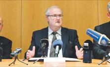 Pressekonferenz, Landeskirchenamt, Otto Guse, Thilo Daniel, Hans-Peter Vollbach