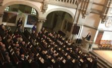 Mit einer emotionalen Rede nahm Bischof Rentzing Abschied