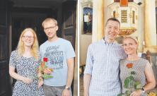 Segensfeier, Kirche, Rose, Paar, Beziehung, verheiratet, verliebt, Rehbach