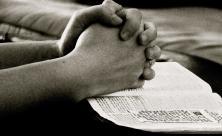 Hände Beten Gebet Bibel