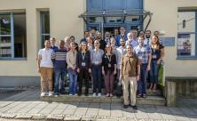 Teilnehmer der Summer school mit Gästen aus Israel – unter ihnen der Leipziger Theologen Alexander Deeg und Rabbiner Shabtai Rappaport / © T. Klitzsch