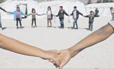 Flüchtlingskinder im Zeltlager in der Bekaa-Ebene des Libanon: Dank Hilfsorganisationen wie Unicef                     <div class=
