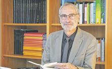 Seit 2011 arbeitet Dr. Peter Meis als Dezernent für theologische Grundsatzfragen im Landeskirchenamt Dresden. Ende November geht er in den Ruhestand. Foto: Steffen Giersch