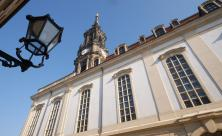 Haus der Kirche                     <div class=