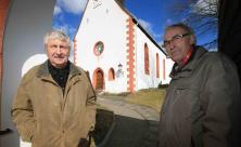 Kirchvorsteher jenseits der Altersgrenze: Lothar Franke (l.) und Rudolf Müller arbeiten in der Kirchgemeindevertretung in Benndorf                     <div class=