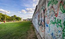 Berliner Mauer                     <div class=