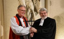 Bischof Christopher Cocksworth (l.) und der frühere sächsische evangelische Oberlandeskirchenrat Harald Bretschneider © Steffen Giersch
