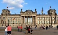 Reichstag                     <div class=