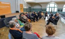 Mit mehr Besuchern gerechnet: Bibelarbeit mit Stanislaw Tillich fand in beinahe vertrauter Runde statt.